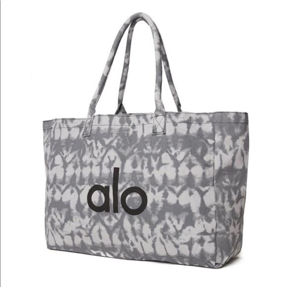 ALO Yoga gray tie dye large shopper tote bag